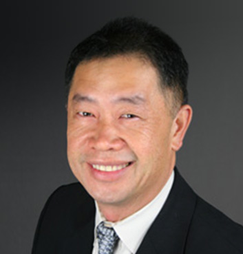 Headshot of MRE Employee Huan Bui